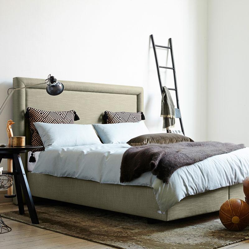 boxspring bett die sterreichische m belindustrie. Black Bedroom Furniture Sets. Home Design Ideas